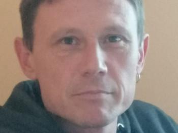 Solkim 46 éves társkereső profilképe