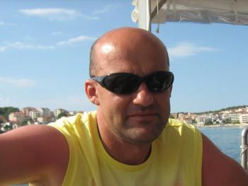 karcsika75 45 éves társkereső profilképe