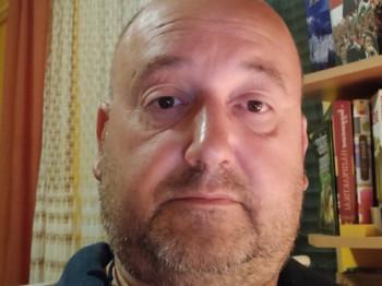Enszi49 49 éves társkereső profilképe