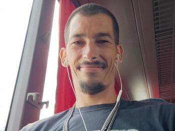 robeszka 34 éves társkereső profilképe