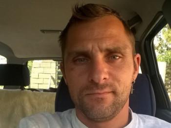 sanyi42 37 éves társkereső profilképe