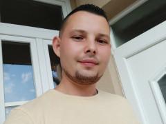Attila93 - 28 éves társkereső fotója