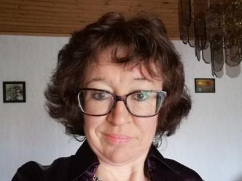 Ildikó 73 48 éves társkereső profilképe